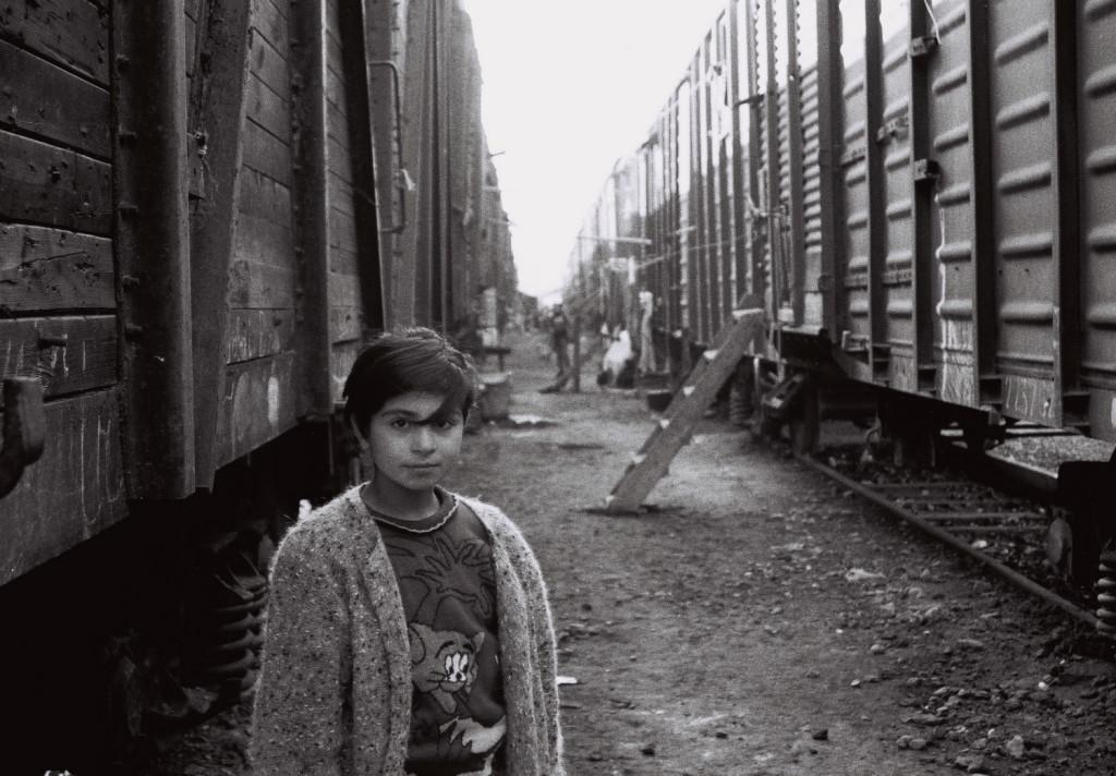28 Sabirabad rayonunda dəmir yolunda məskunlaşan məcburi köçkünlər 2001-ci il