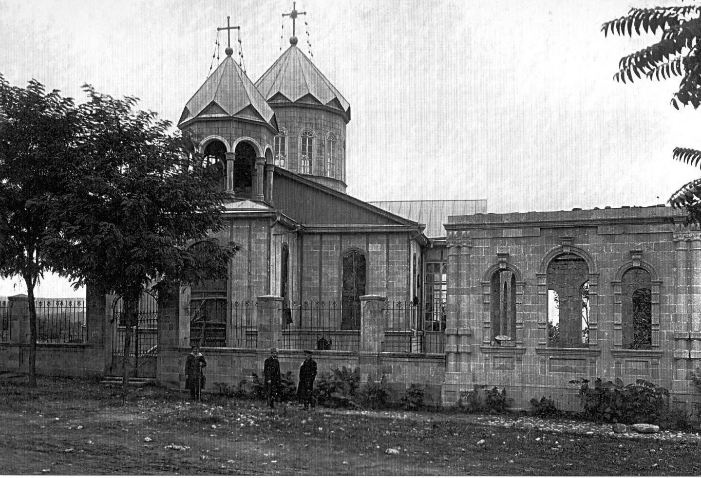 13.Şamaxı şəhərində erməni qriqoryan kilsəsi