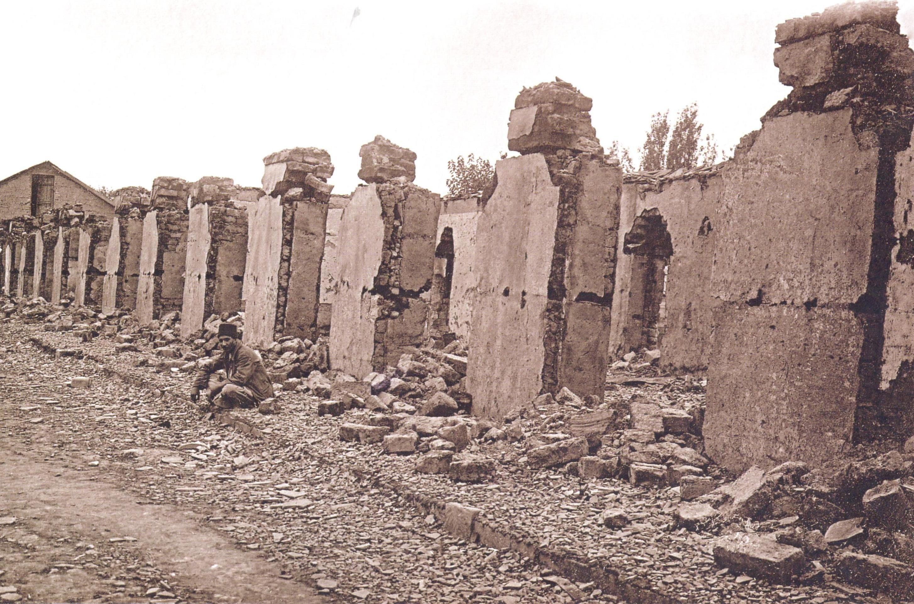 15 Mağazalar sırası. Qədirovun 14 dükanı 1918 ci il Soyqırımı: Göyçay qəzası