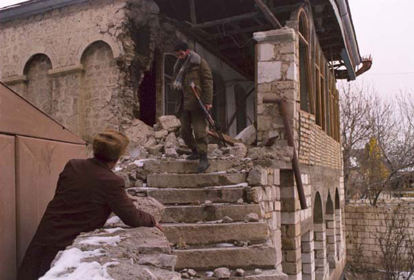 3.  Bombardımandan sonrakı şəhər. Şuşa, 1991-ci il