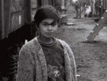 28-Sabirabad-rayonunda-dəmir-yolunda-məskunlaşan-məcburi-köçkünlər-2001-ci-il-