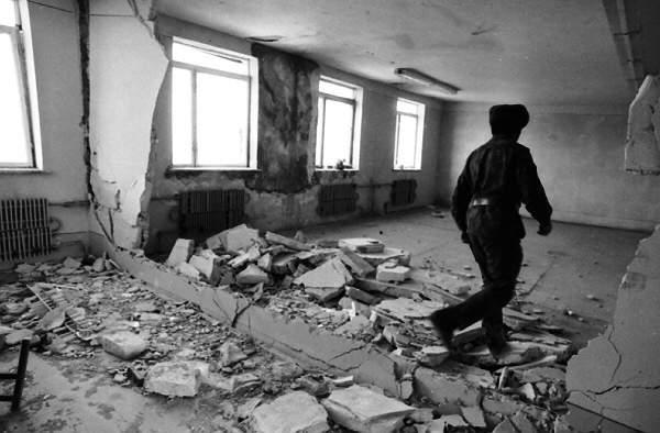 It was a school in Sederek, 1992. Photo by Khalid Askerov
