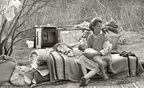 Refugee's family from Agdam, 1993. Photo by Oleg Litvin
