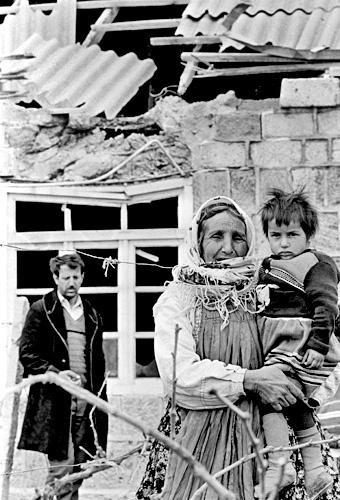 Atışmadan sonra, Sədərək, Naxçıvan. 1990-cı il.