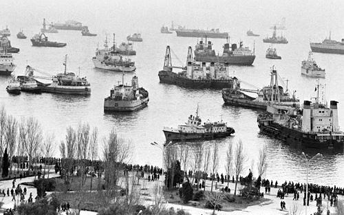 Bakı Limanı. 22 yanvar. 1990-cu il.