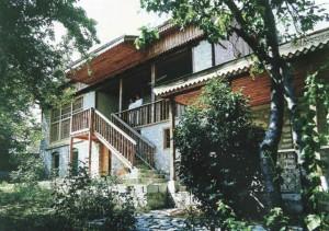 Üzeyir Hacəbəyovun Şuşadakı ev muzeyi. Foto Qarabağ irsimizin əbədi yaddaşı albomundan götürülüb