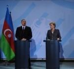 İlham Aliyev Angela Merkel kicik