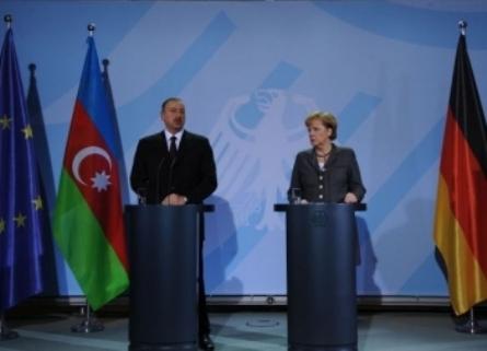 İlham Aliyev Angela Merkel