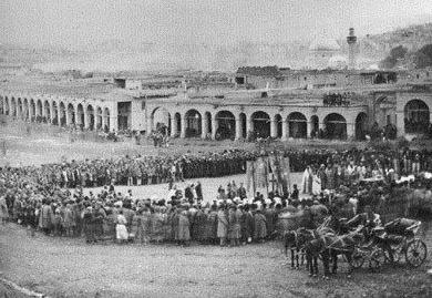 Ir-vanda-Bazar-meydan-_1914