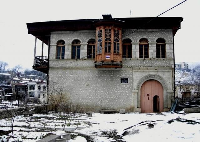Şuşa şəhəri Mehmandarovların mülkü
