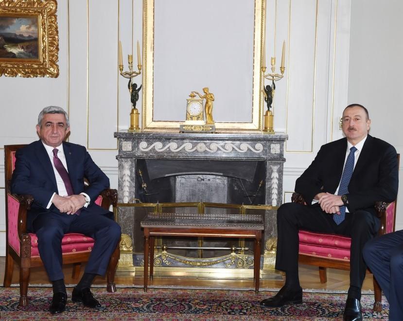 Azərbaycan prezidenti İlham Əliyev və Ermənistan prezidenti