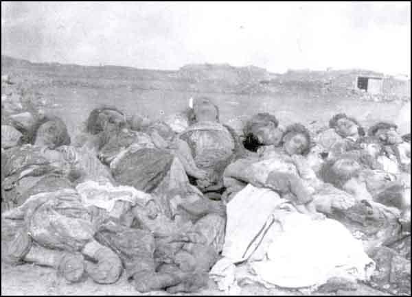 Subatan kəndində ermənilər tərəfindən öldürülən qadın və uşaqlar