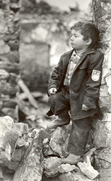 Öz evinin uçqunlarında, Laçın 1992-ci il