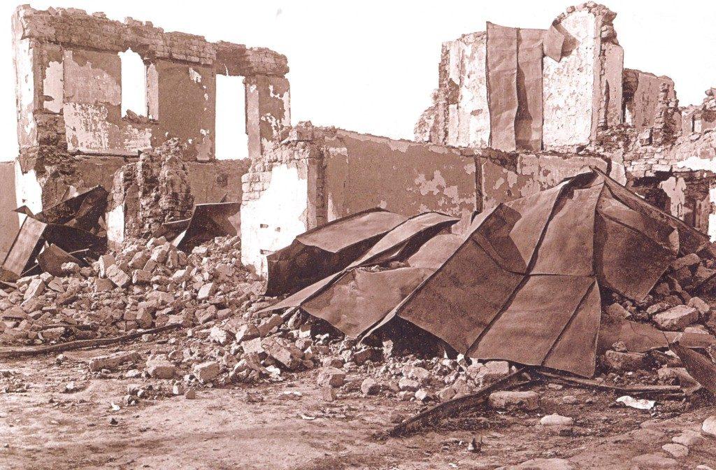 Əhməd Məlikovun barışdırıcı bölmənin binasının qarşısındakı evi