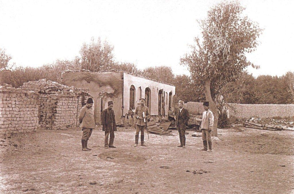 Mehdiyevin evi. Bu evin həyətində oğlan uşağının üzərinə kerosin tökülərək yandırılmışdır.